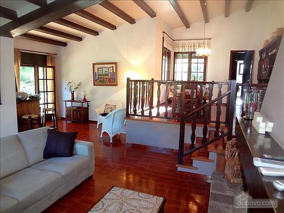 Teresa Santa Cristina d'Aro, Cinq chambres (73128), 012