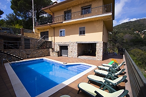 Villa Sant Iscle in Costa Maresme only 15 minutes to the beach, Cinq chambres, 002