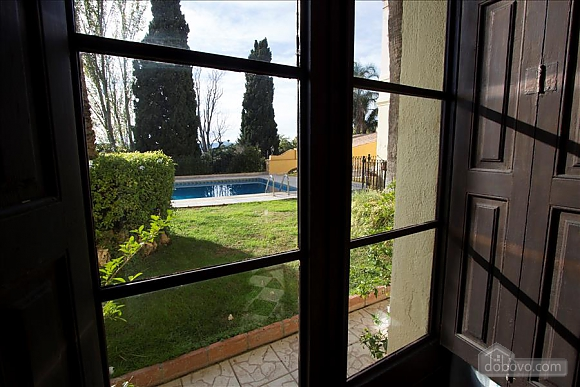 Luxurious Mansion Banyeres with 15 bedrooms for up to 28 guests, Six (+) chambres (84590), 046