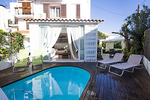 Delightful villa in Sitges 200 meters from Costa Dorada beaches, Cinque Camere, 001