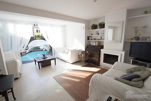 Восхитительная вилла в Ситжес в 200 метрах от пляжей Коста-Дорада, 6ти-комнатная (82509), 012