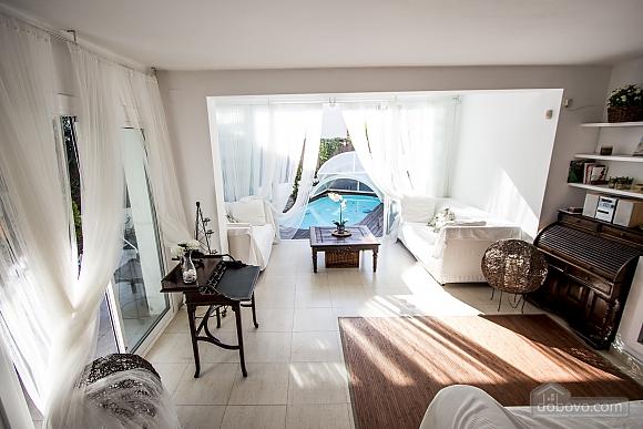 Восхитительная вилла в Ситжес в 200 метрах от пляжей Коста-Дорада, 6ти-комнатная (82509), 014