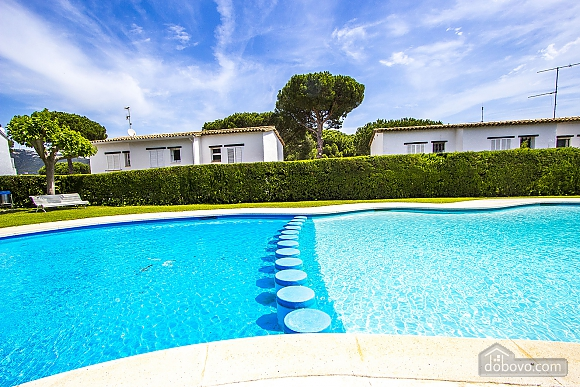 Holiday townhouse for rent in Playa d'Aro, Three Bedroom (75816), 002