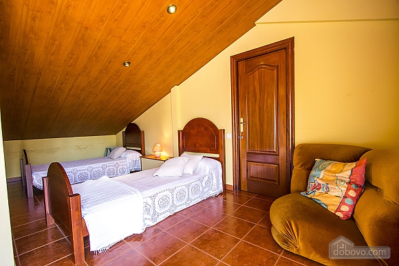 Isabel Castellarnau, Cinq chambres (21792), 028