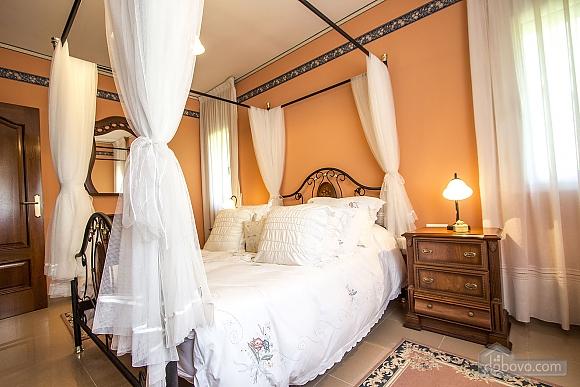 Isabel Castellarnau, Five Bedroom (21792), 036