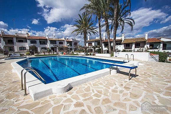 Pleasant villa for 6 people in Torrembarra just 1 km from Costa Dorada beaches, Vierzimmerwohnung (44710), 001