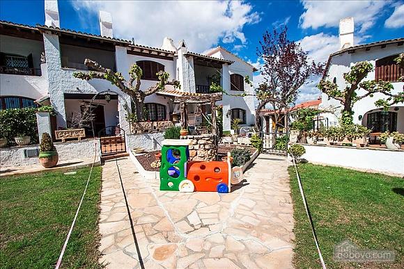 Pleasant villa for 6 people in Torrembarra just 1 km from Costa Dorada beaches, Vierzimmerwohnung (44710), 009