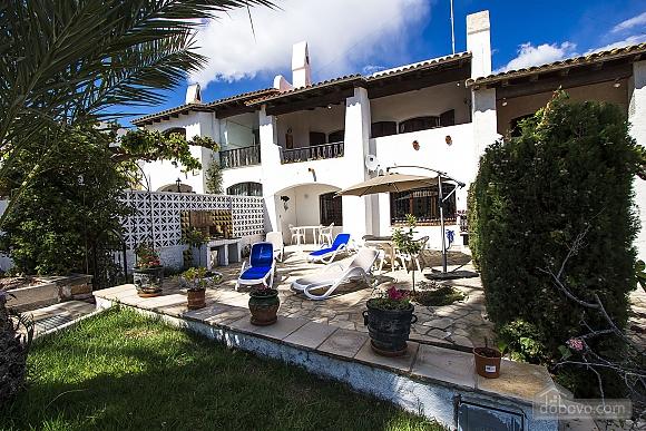 Pleasant villa for 6 people in Torrembarra just 1 km from Costa Dorada beaches, Vierzimmerwohnung (44710), 012