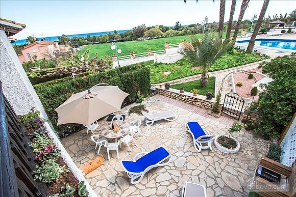 Pleasant villa for 6 people in Torrembarra just 1 km from Costa Dorada beaches, Vierzimmerwohnung (44710), 021
