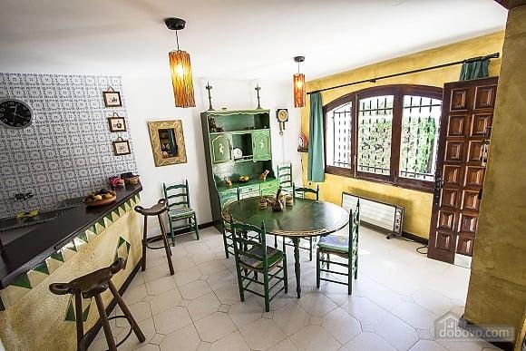 Pleasant villa for 6 people in Torrembarra just 1 km from Costa Dorada beaches, Vierzimmerwohnung (44710), 023