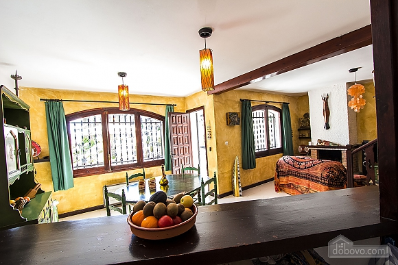Pleasant villa for 6 people in Torrembarra just 1 km from Costa Dorada beaches, Vierzimmerwohnung (44710), 024