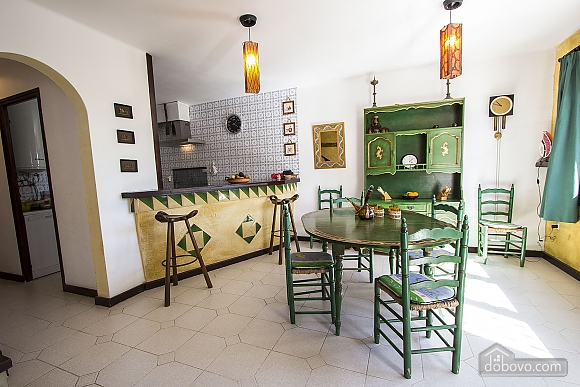 Pleasant villa for 6 people in Torrembarra just 1 km from Costa Dorada beaches, Vierzimmerwohnung (44710), 027