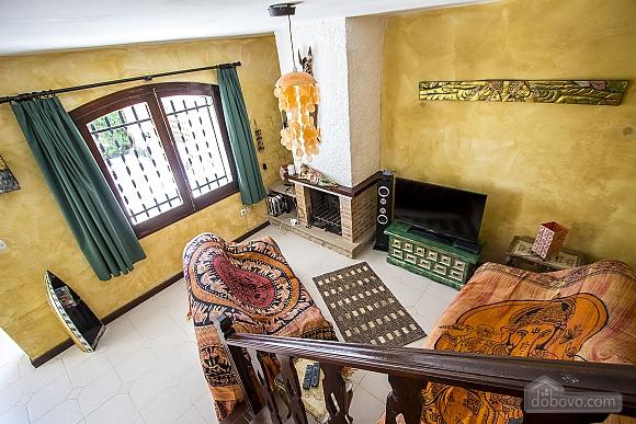 Pleasant villa for 6 people in Torrembarra just 1 km from Costa Dorada beaches, Vierzimmerwohnung (44710), 030