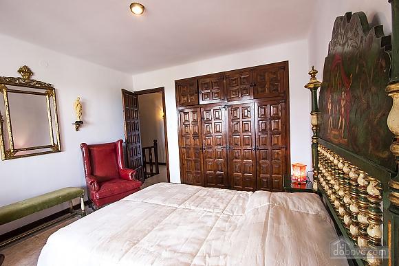 Pleasant villa for 6 people in Torrembarra just 1 km from Costa Dorada beaches, Vierzimmerwohnung (44710), 034