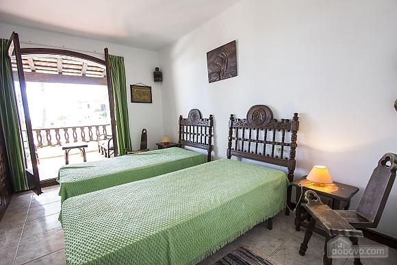 Pleasant villa for 6 people in Torrembarra just 1 km from Costa Dorada beaches, Vierzimmerwohnung (44710), 037