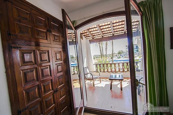 Pleasant villa for 6 people in Torrembarra just 1 km from Costa Dorada beaches, Vierzimmerwohnung (44710), 039