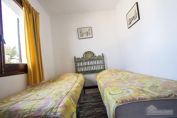 Pleasant villa for 6 people in Torrembarra just 1 km from Costa Dorada beaches, Vierzimmerwohnung (44710), 041