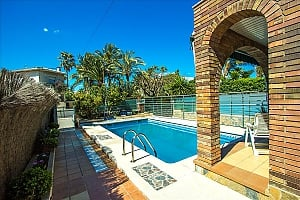 Alluring villa in Cambrils just steps away from the beaches of Costa Dorada, Three Bedroom, 004