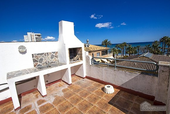 Alluring villa in Cambrils just steps away from the beaches of Costa Dorada, Tre Camere (66386), 007
