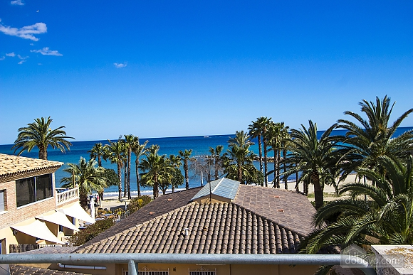 Alluring villa in Cambrils just steps away from the beaches of Costa Dorada, Vierzimmerwohnung (66386), 008