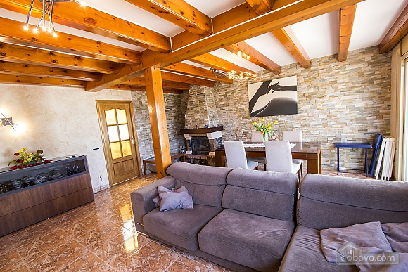 Alluring villa in Cambrils just steps away from the beaches of Costa Dorada, Vierzimmerwohnung (66386), 014