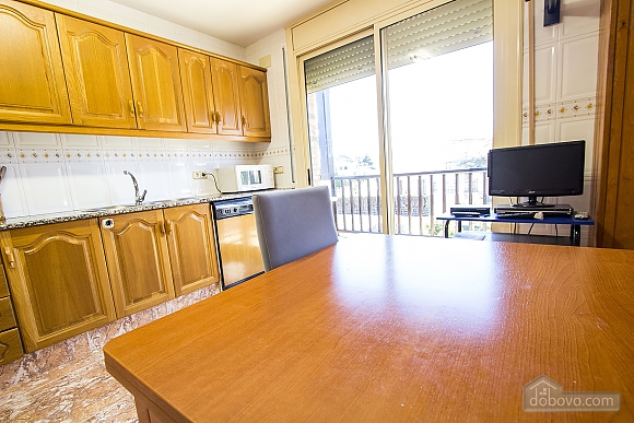 Alluring villa in Cambrils just steps away from the beaches of Costa Dorada, Vierzimmerwohnung (66386), 019
