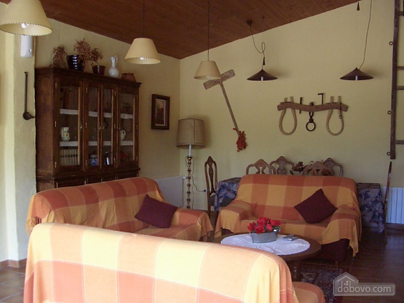 Holiday country house for rent in Riudarenes, Six (+) chambres (19272), 022