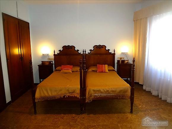 Салоу, 7+ кімнат (15201), 011