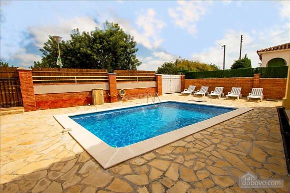 Awe-inspiring villa in Roda de Bara for 8 just a short distance of  the beaches of Costa Dorada, Trois chambres (45662), 005