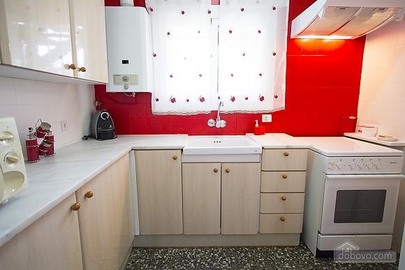 Awe-inspiring villa in Roda de Bara for 8 just a short distance of  the beaches of Costa Dorada, Trois chambres (45662), 010