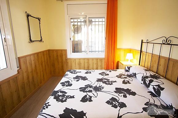 Awe-inspiring villa in Roda de Bara for 8 just a short distance of  the beaches of Costa Dorada, Trois chambres (45662), 015