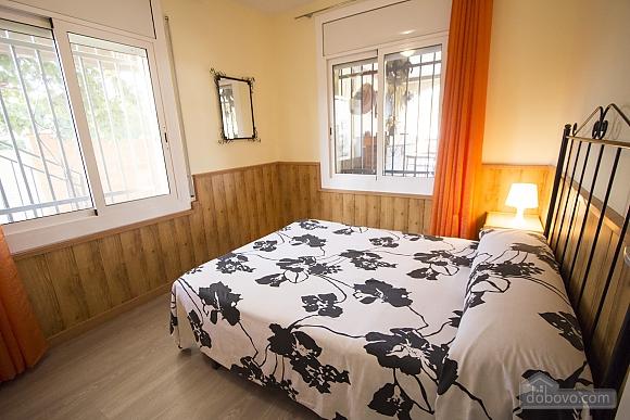 Awe-inspiring villa in Roda de Bara for 8 just a short distance of  the beaches of Costa Dorada, Trois chambres (45662), 017