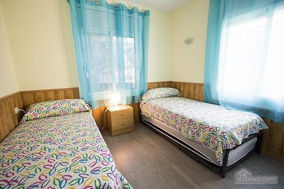 Awe-inspiring villa in Roda de Bara for 8 just a short distance of  the beaches of Costa Dorada, Trois chambres (45662), 020