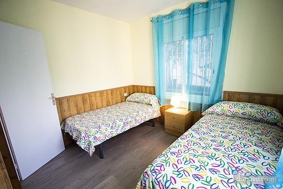 Awe-inspiring villa in Roda de Bara for 8 just a short distance of  the beaches of Costa Dorada, Trois chambres (45662), 021