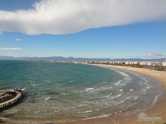 Awe-inspiring villa in Roda de Bara for 8 just a short distance of  the beaches of Costa Dorada, Trois chambres (45662), 026