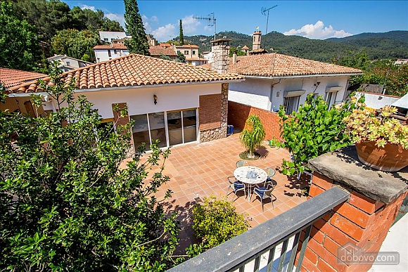 Mountainside Sant Feliu villa for 8 guests 35km from Barcelona, Tre Camere (19207), 010
