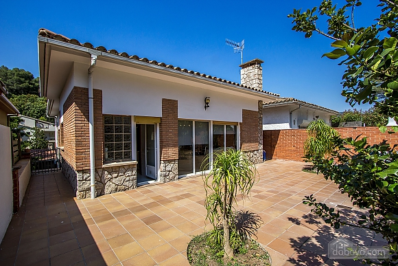 Mountainside Sant Feliu villa for 8 guests 35km from Barcelona, Tre Camere (19207), 011