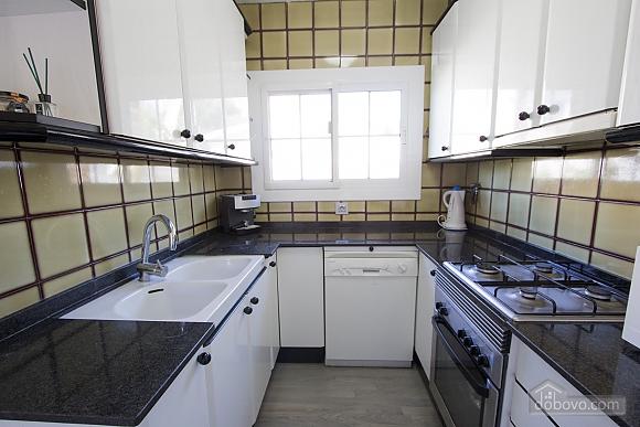 German Vendrell, Three Bedroom (91210), 031