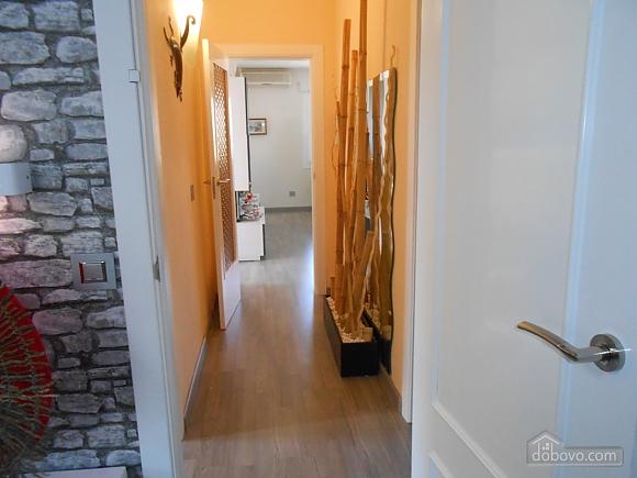 German Vendrell, Three Bedroom (91210), 033