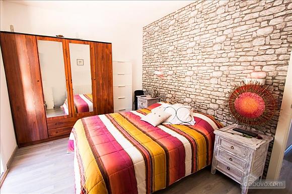 German Vendrell, Three Bedroom (91210), 035