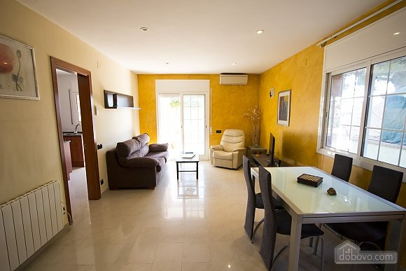 Relaxing Mas Borras villa in Costa Dorada only 5 minutes to the beach, Three Bedroom (69688), 008