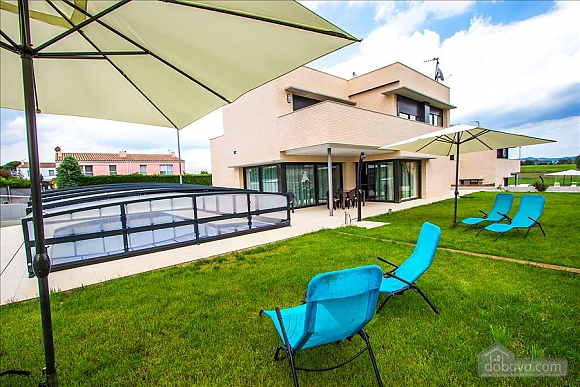 Spectacular villa in Riudellots just 10 km from Girona, Fünfzimmerwohnung (95405), 004