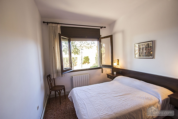 Arbrells, Trois chambres (80141), 022