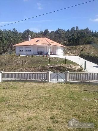 Magnificent villa near the beach on Costa da Morte, Three Bedroom (65416), 001