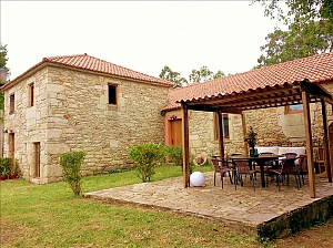 Luxury stone house in Fraguas do Eume Natural Park, Tre Camere, 001