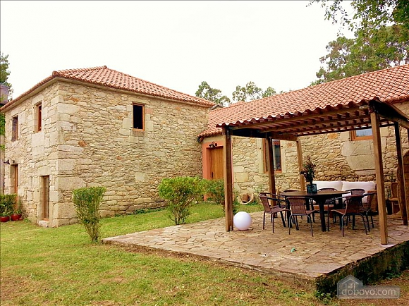 Luxury stone house in Fraguas do Eume Natural Park, Vierzimmerwohnung (26223), 001