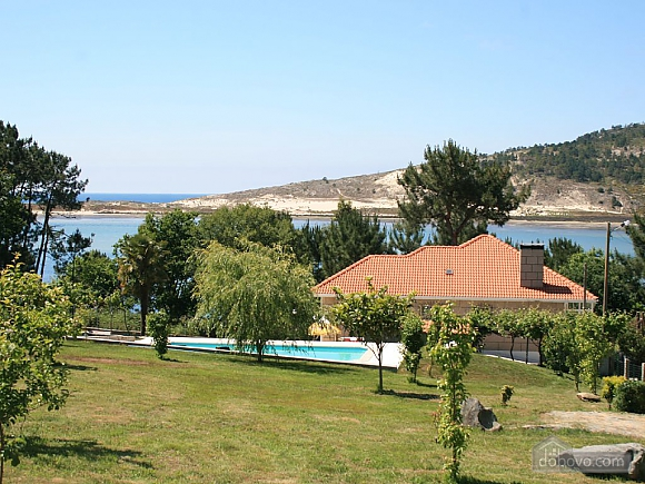 Cozy beachfront villa with swimming pool and lovely views, Four Bedroom (11937), 001
