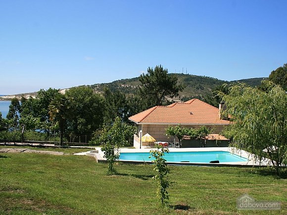 Cozy beachfront villa with swimming pool and lovely views, Four Bedroom (11937), 013
