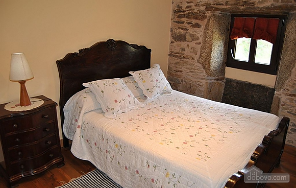 Picturesque stone house in countryside close to Costa da Morte, Three Bedroom (27495), 004