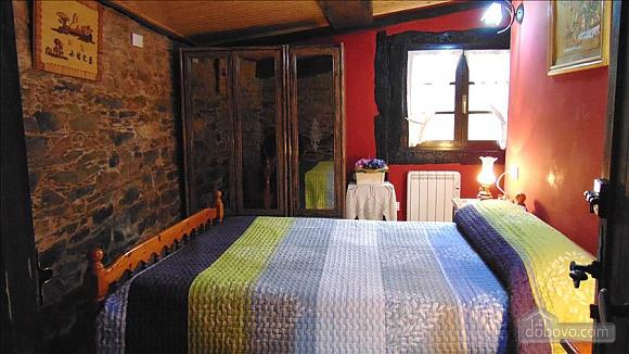 Picturesque stone house in countryside close to Costa da Morte, Three Bedroom (27495), 012